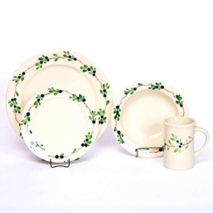 Blueberry Classic Dinner Plate Set for One