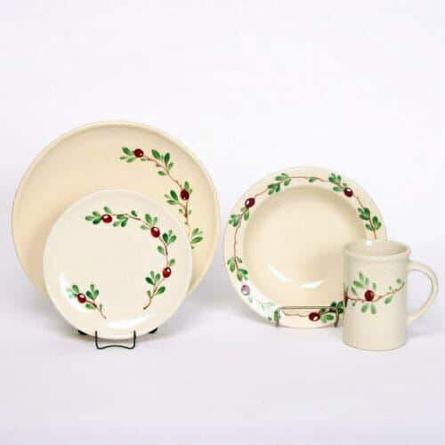 Cranberry Coupe Dinner Plate Set for One