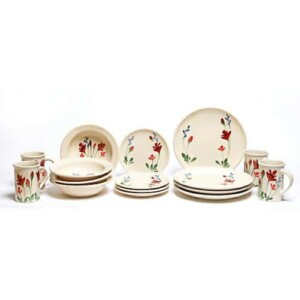 Red Poppy Coupe Dinner Plate Set for Four