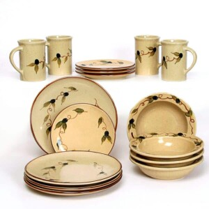 Tuscan Olive Coupe Dinner Plate Set for Four
