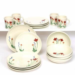 Red Poppy Craftline Dinner Plate Set for Four