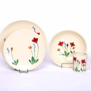 Red Poppy Craftline Dinner Plate Set for One